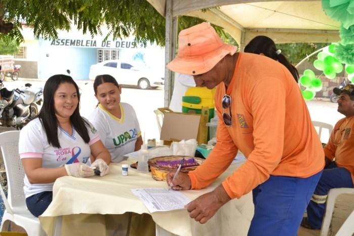 Funcionários municipais de Monteiro recebem palestras e atendimentos no Abril Verde
