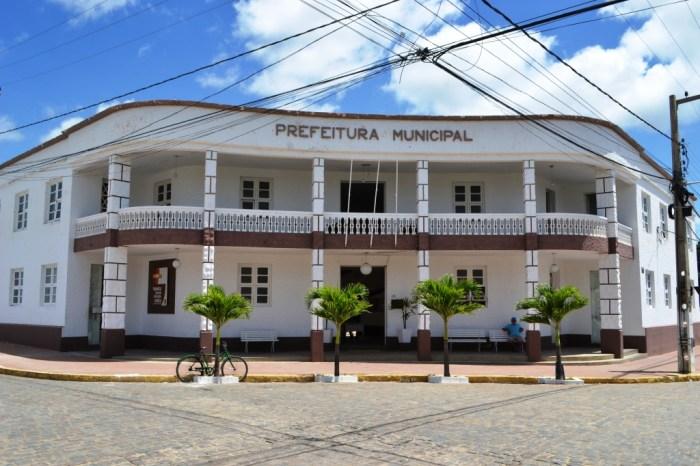 Prefeitura de Monteiro emite decreto fechando, comércio, bares, restaurantes e outros estabelecimentos