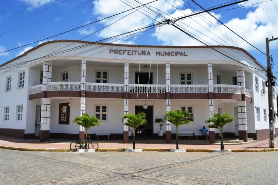 Prefeitura de Monteiro esclarece divergência de dados divulgados pelo IBGE sobre o número de contaminados por Covid no município