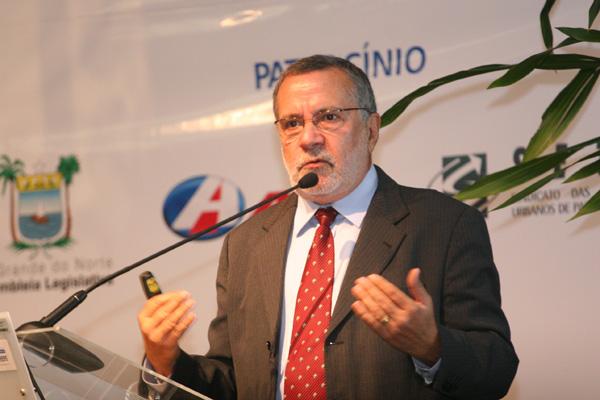 Batinga ministrará palestra sobre a Transposição, na Bahia