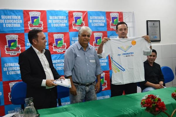 Prefeitura de Sumé e Pronatec Paraíba realizam aula inaugural de 4 cursos
