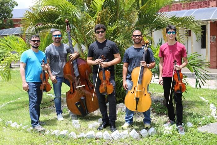 Quinteto da Paraíba faz show com Carol Panesi e Marco César