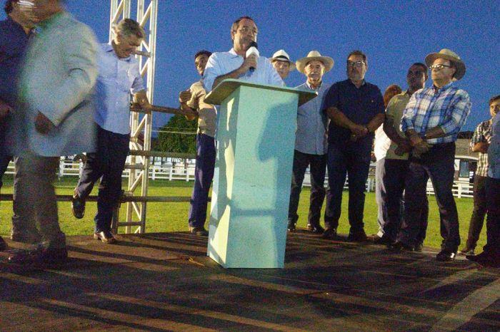 Trabalhadores rurais de Monteiro receberão tratores e implementos agrícolas