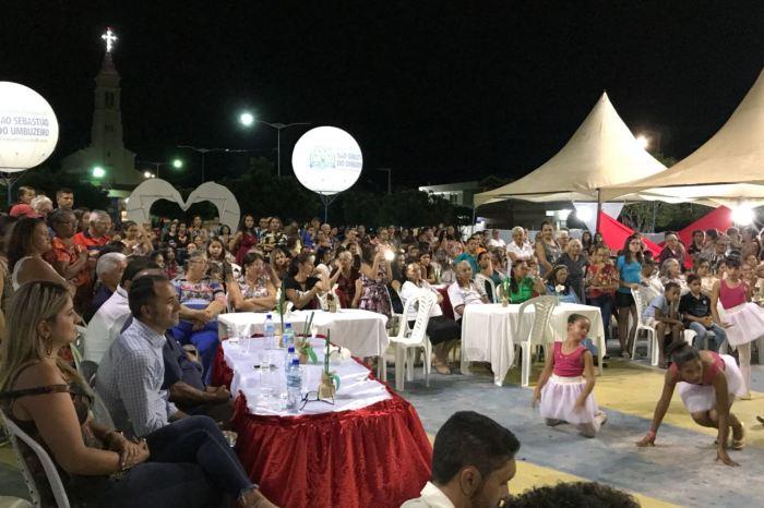 Prefeitura de São Sebastião do Umbuzeiro homenageia mães com grande festa