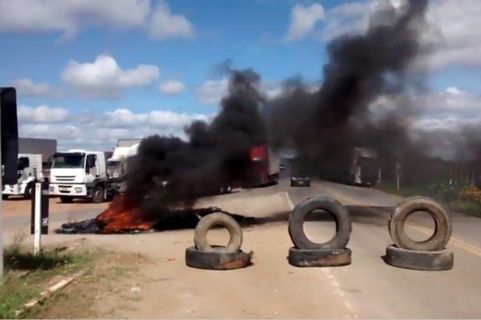 Greve dos caminhoneiros no Cariri chega ao 6º dia com colapso de combustíveis