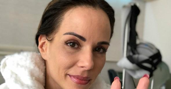 Com câncer de mama, Ana Furtado revela luta contra queda de cabelo
