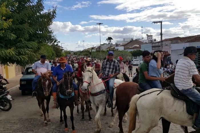 Cavalgada de Santo Antônio será realizada neste domingo em Camalaú