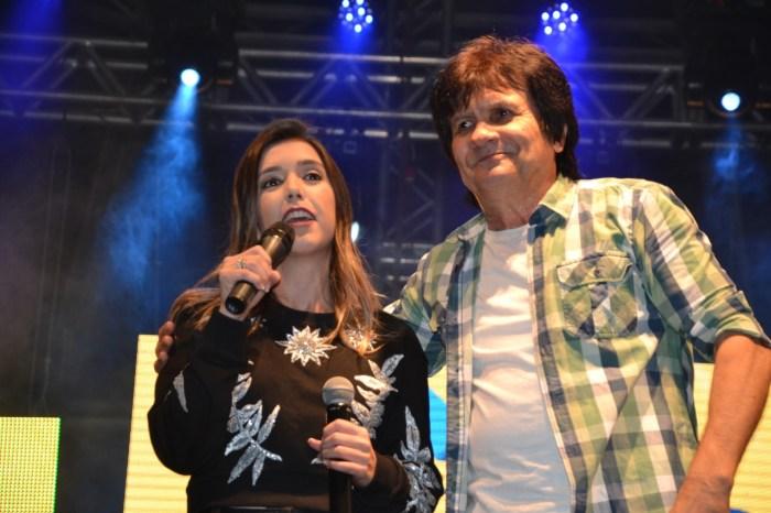 Em clima de muita alegria prefeita Anna Lorena abre oficialmente o São João de Monteiro