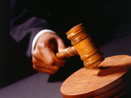 MOÍDOS DA REDAÇÃO: Juíza suspende pesquisa eleitoral de empresa alvo da ações por irregularidades