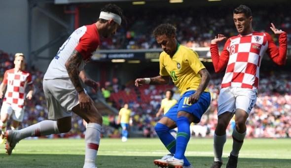 Com gols de Neymar e Firmino, Brasil vence a Croácia