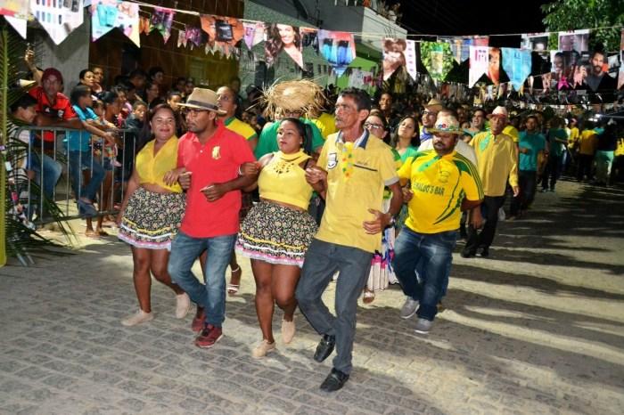 Agitação e alegria tomaram conta da Rua Adamastor Neves no Festival de Quadrilhas de Rua
