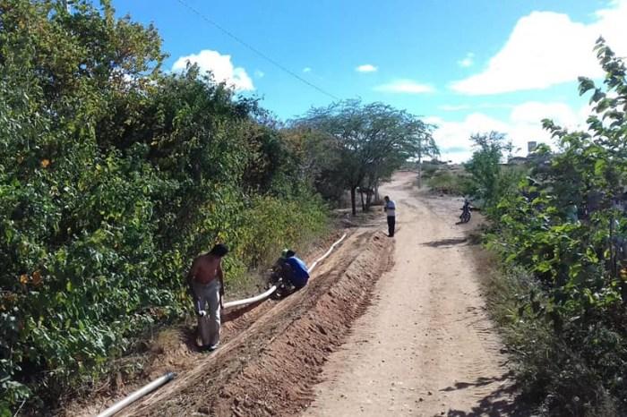 Prefeitura de Zabelê implanta sistema de abastecimento em comunidade rural