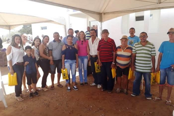 Momentos de lazer e palestra são oferecidos pela Secretaria de Desenvolvimento Social de Monteiro