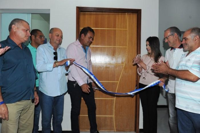 População prestigia entrega da Unidade de Saúde 13 no Alto da Serra em Monteiro