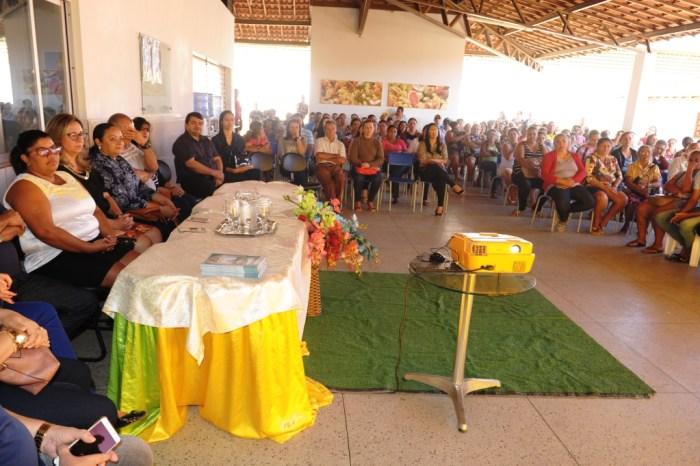 Escola Tiradentes apresenta aos pais de alunos o Projeto em parceria com o SEBRAE