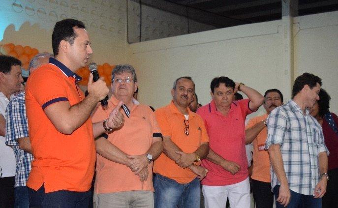 Prefeito Éden Duarte participa do Encontro Regional do PSB em Sumé e elogia Azevedo