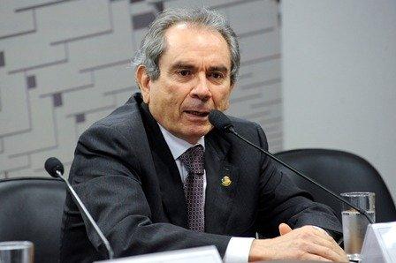 Fora da disputa, Raimundo Lira garante manutenção da união PSD-PV