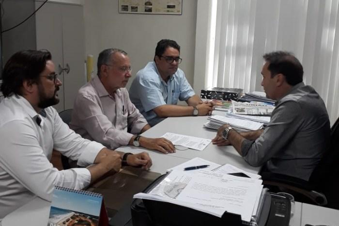 Batinga cobra ampliação do sistema de abastecimento de água de Serra Branca