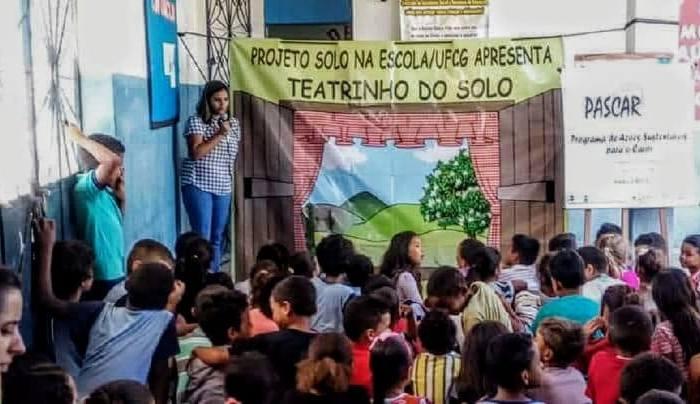 No Cariri: Equipe do Projeto Solo na Escola da UFCG anima atividades nas escolas