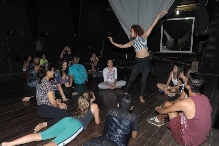 Experiência e criatividade de Bia Cagliani é repassada em Workshop na cidade de Monteiro