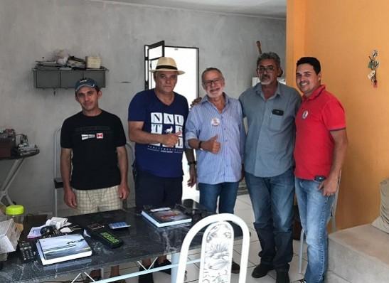Lideranças da oposição de Ouro Velho anunciam apoio a Carlos Batinga