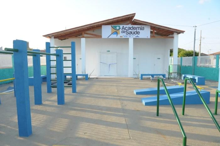 População comparece a inauguração da Academia da Saúde na Vila Santa Maria