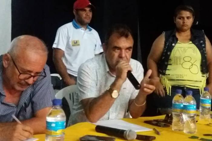 Vice-prefeito de Monteiro emite mensagem parabenizando professores