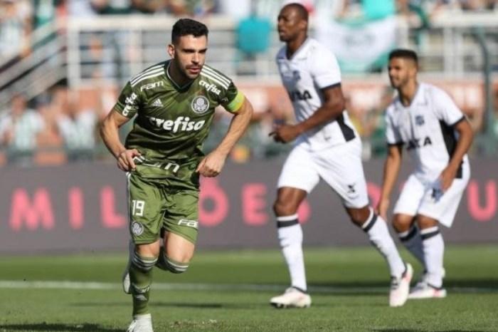 Palmeiras vence e amplia vantagem sobre o Internacional