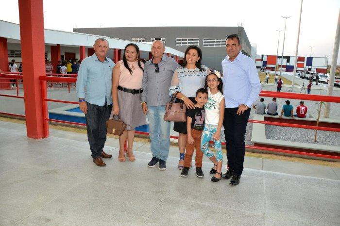 Prefeito em exercício e comitiva de Monteiro prestigiam inauguração da Escola Técnica do Cariri
