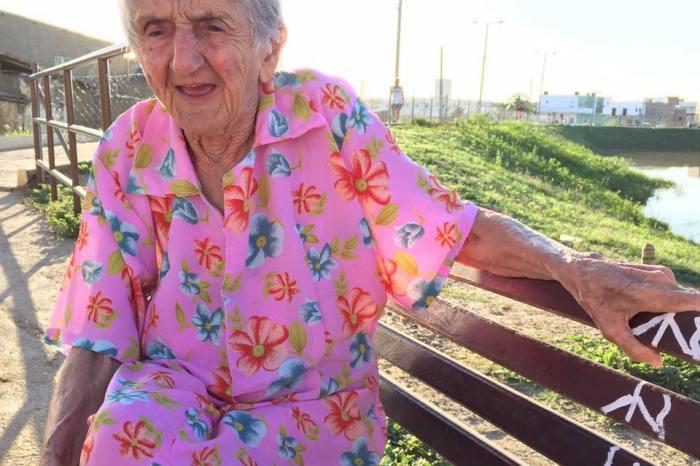 Aos 97 anos, vovó monteirense é sucesso nas redes sociais