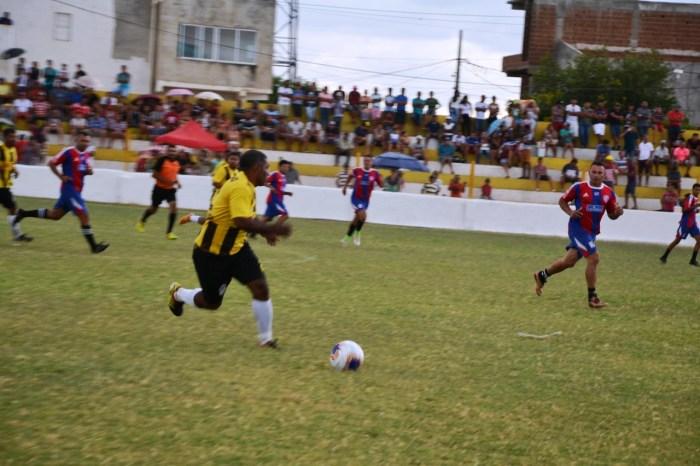 Definidos os dois primeiros semi finalistas da Copa Dr. Chico de Futebol Amador