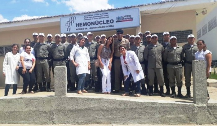 Alunos de curso de formação de Militares doam sangue para o Hemonucleo de Monteiro