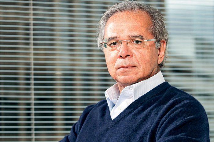Política de reajuste do mínimo depende de reformas, diz Guedes