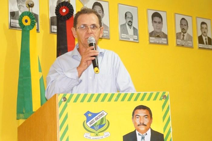 Vereador caririzeiro emite nota e diz que só possui remuneração apenas de Vereador