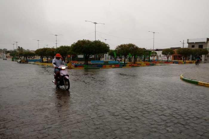 Semana começa com chuvas na região do Cariri paraibano; Aesa prevê mais chuvas
