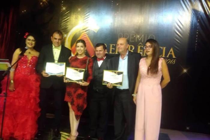 Prefeita de Monteiro recebe Prêmio Referência de qualidade como gestora