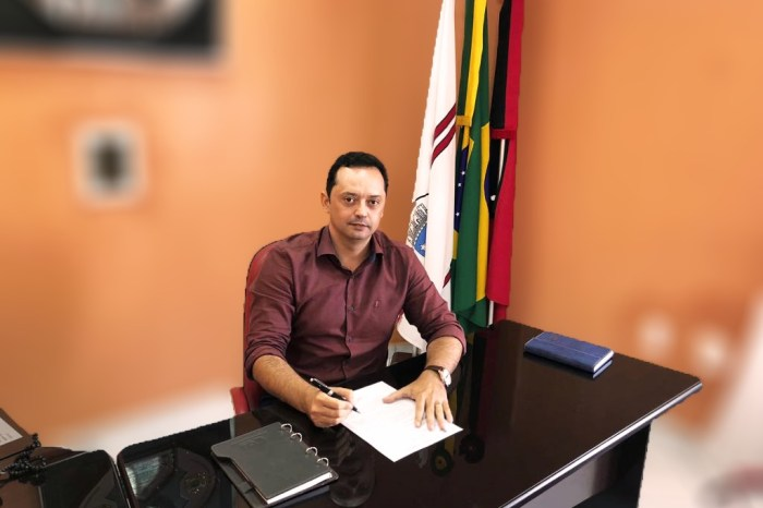 Prefeito de Sumé confirma inauguração da reforma da Praça José Marcolino