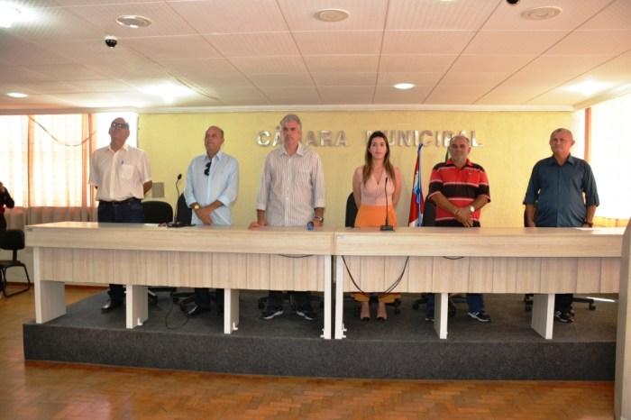 Vereadores prestigiam mais uma posse de concursados em Monteiro