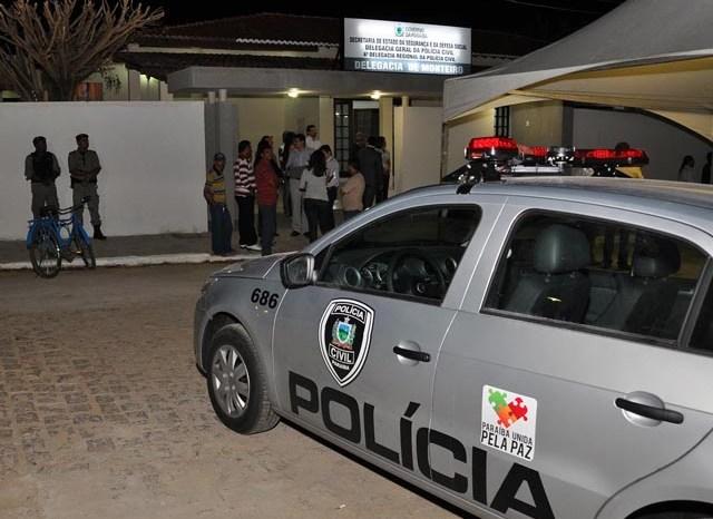Polícia Civil realiza ação e prende um dos suspeitos de assaltar farmácia em Monteiro
