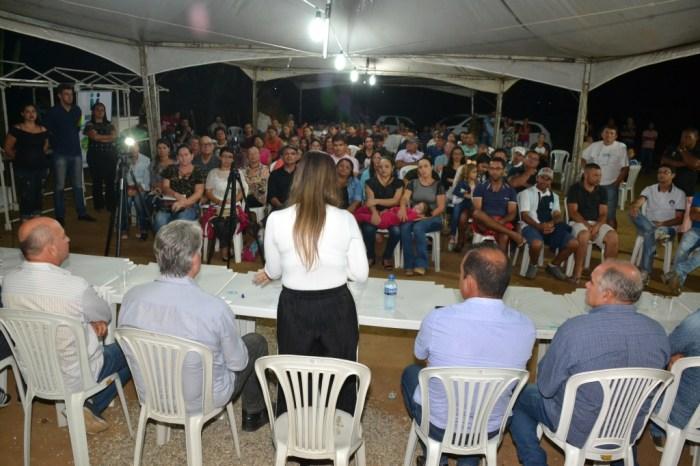 """População de Cacimba de Cima recebe autoridades em mais um """"Dialogando com o Povo"""""""