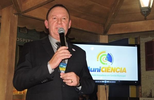 Prefeito de Gurjão apresenta Programa Protagonismo Juvenil no DF