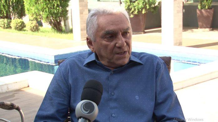 Prefeito de Patos, Bonifácio Rocha, renuncia ao cargo