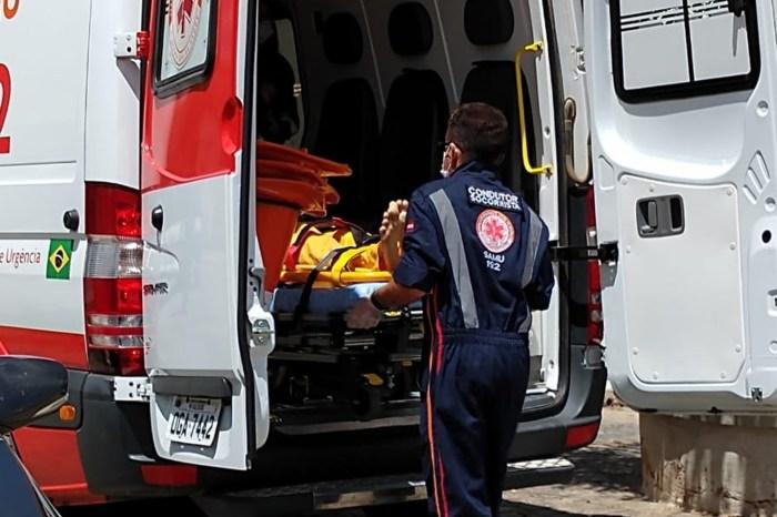 Criança de 12 anos morre após acidente entre caminhão e moto no Cariri