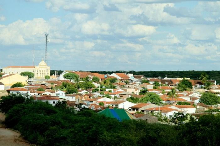 Escola Estadual de S. J. do Cariri entrega diplomas aos líderes e vice líderes de classes