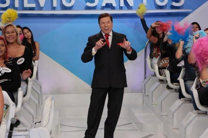 Silvio Santos proíbe 'hashtag' em programa e causa revolta