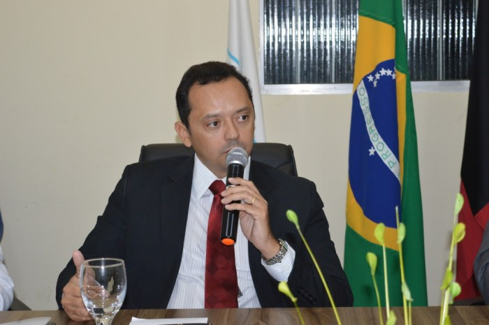 Prefeito Éden encaminha Projeto de Lei à Câmara para incentivar a arrecadação do município