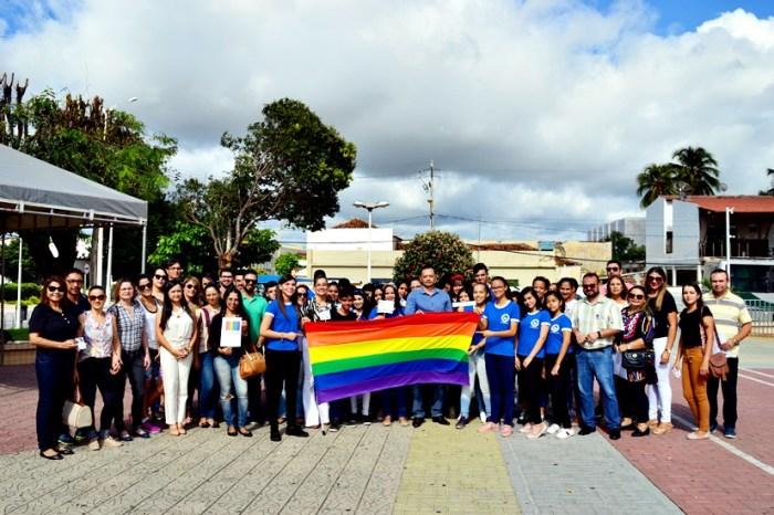 Creas do município de Sumé celebra Dia Internacional contra a Homofobia