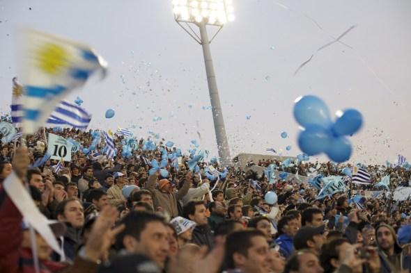 Argentina vence nas quartas e encara Brasil