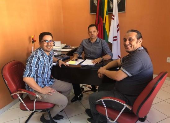 Prefeito Éden Duarte cria cargos para Professor de Educação do Campo