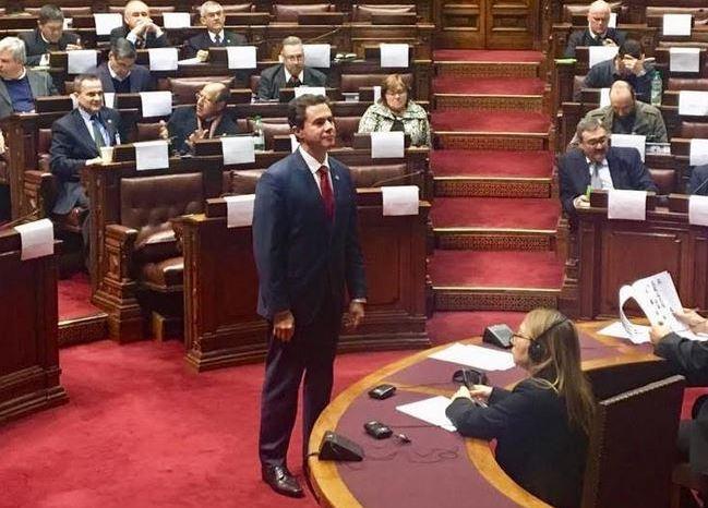 Senador Veneziano Vital toma posse no Parlasul